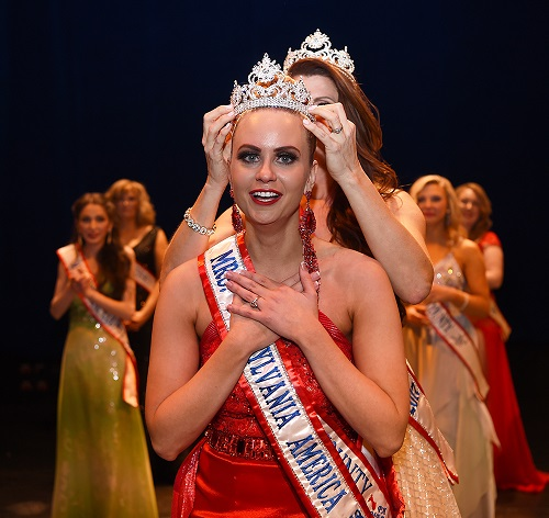 Sandahl Taylor win Mrs. PA America 2018