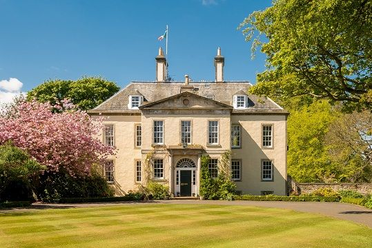The Elegant Drylaw House