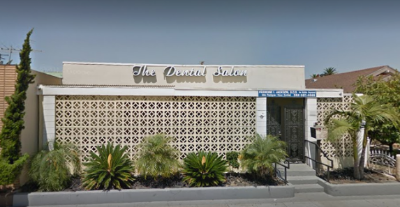 The Dental Salon of Long Beach Exterior
