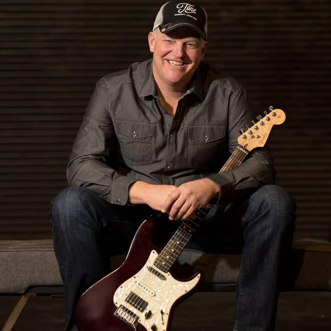 Blues Rocker Albert Cummings