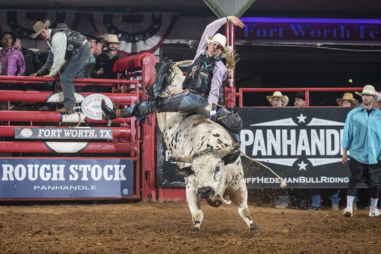 Tuff Hedeman Breakout Midwest Swing Bull Riding Series