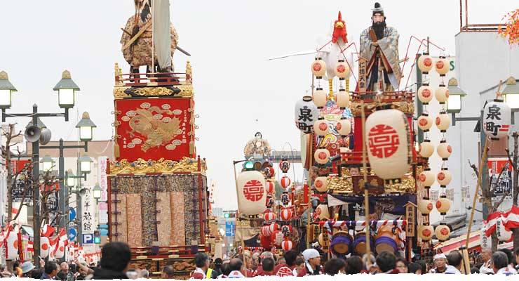 Decorated Dashi floats in Daytime Parade