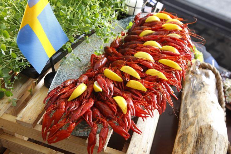 Crayfish Party(7)