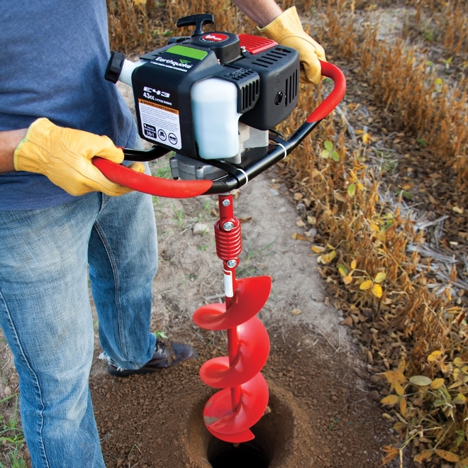 Earthquake E43 Earth Auger Makes Drilling Easy and Fast