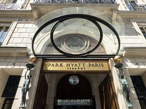 Roseline Granet's Caryatids at Park Hyatt Entrance