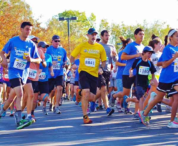 Conejo Valley YMCA Turkey Day Dash