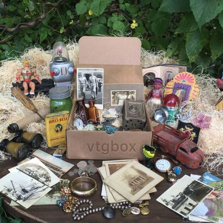 vintage-subscription-box-1024x1024