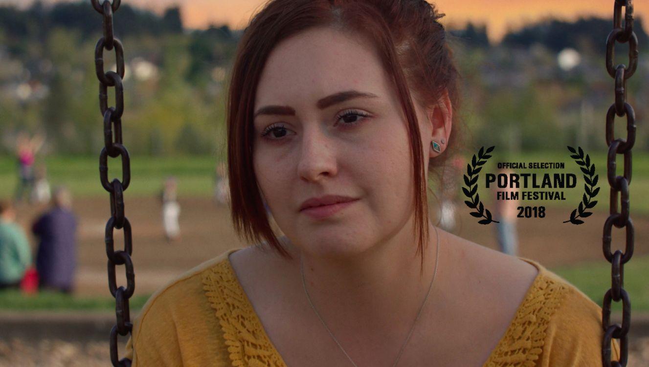 Jillian Clare as Lindsey Lou