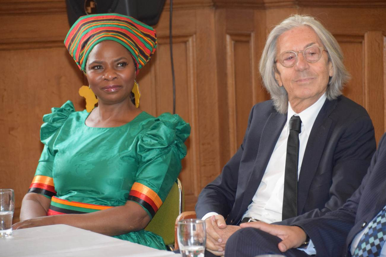 Founder of Fountaion, Dr Justina Mutale and President of School,  Dr Elio D'Anna