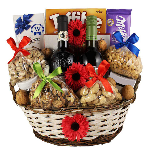 Send Wine Gift Hampers To Europe