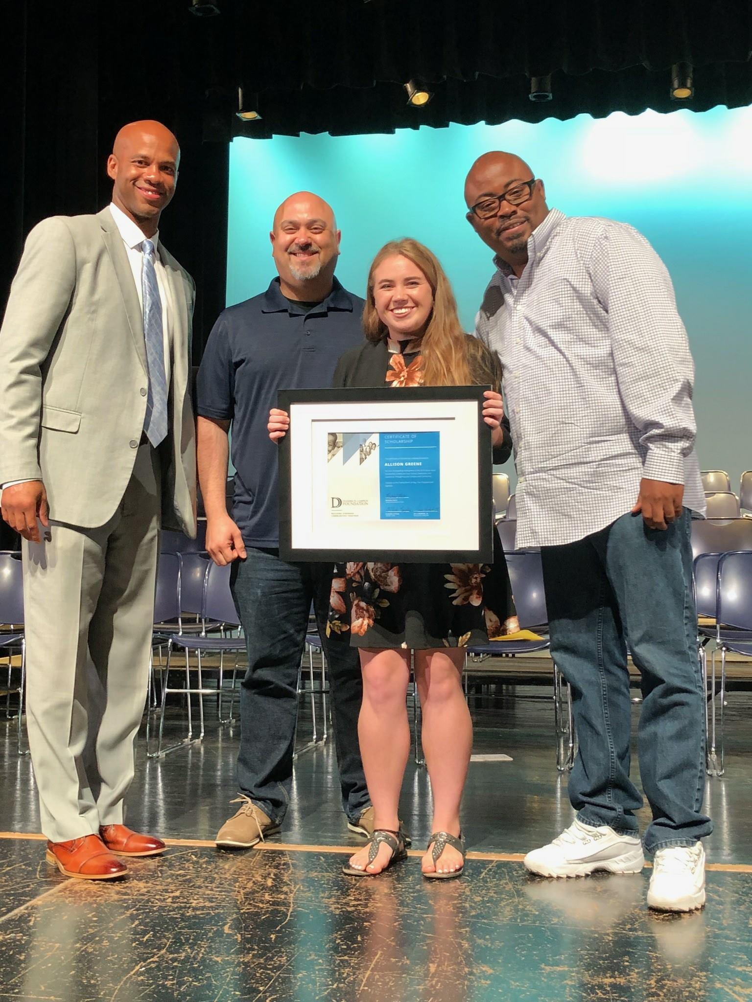 2018 scholar, Alison Greene, receiving Social Good Scholarship Award