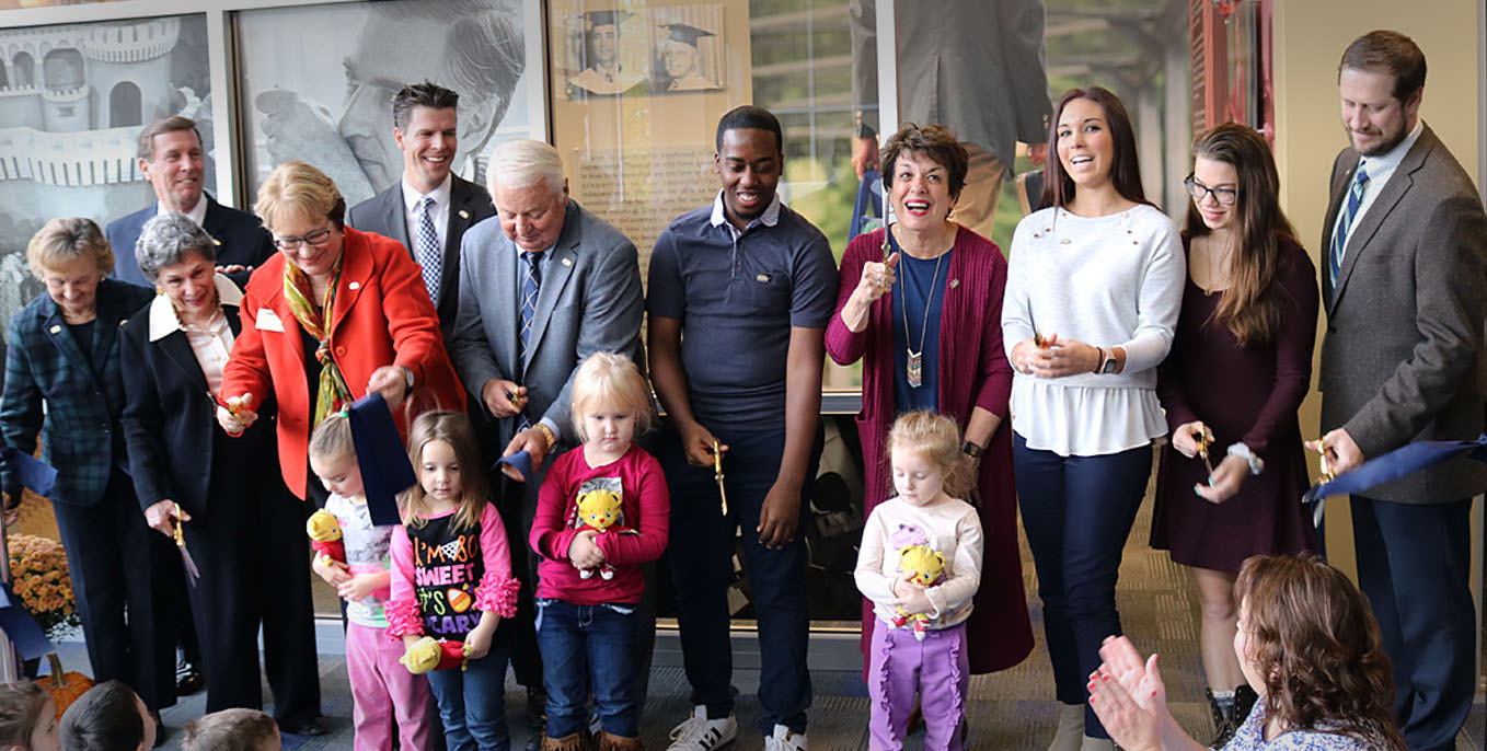 Thiel College dedicates Mister Fred Rogers Room.
