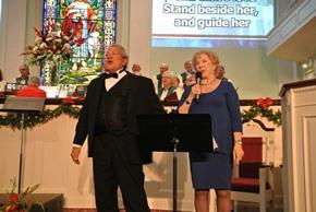 030 Rev. Roger Peterson and Soloist Linda Digman
