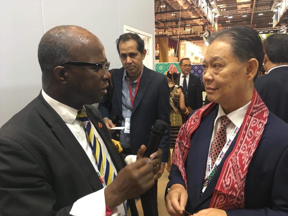 The Hon Datuk Mohamaddin bin Ketapi with Prof Chris Imafidon