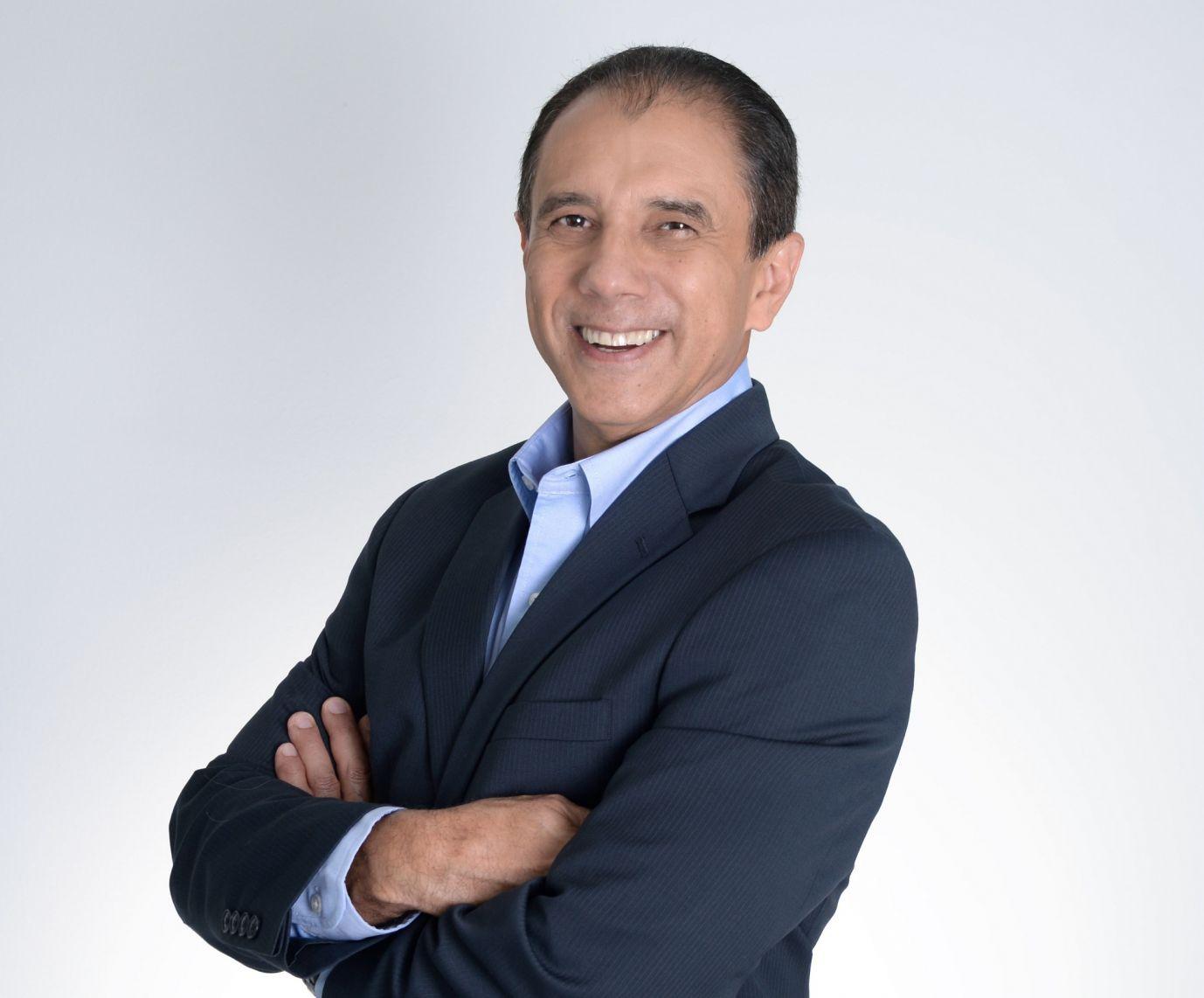 Julio Lorenzo, ELATEC Latin America (smaller)