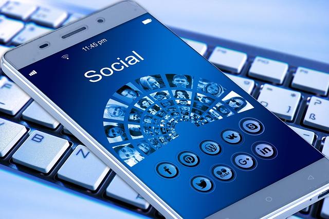 AR/VR Based Social Media App