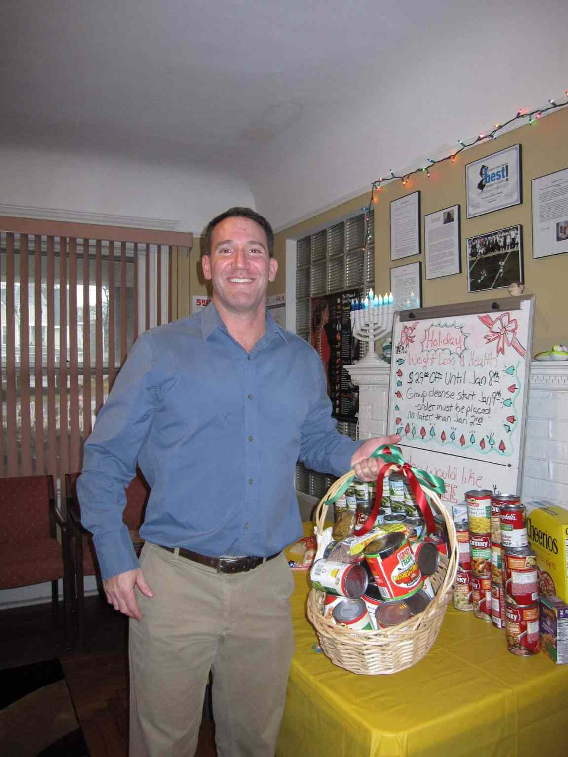 Freehold Chiropractor Holiday Food Drive
