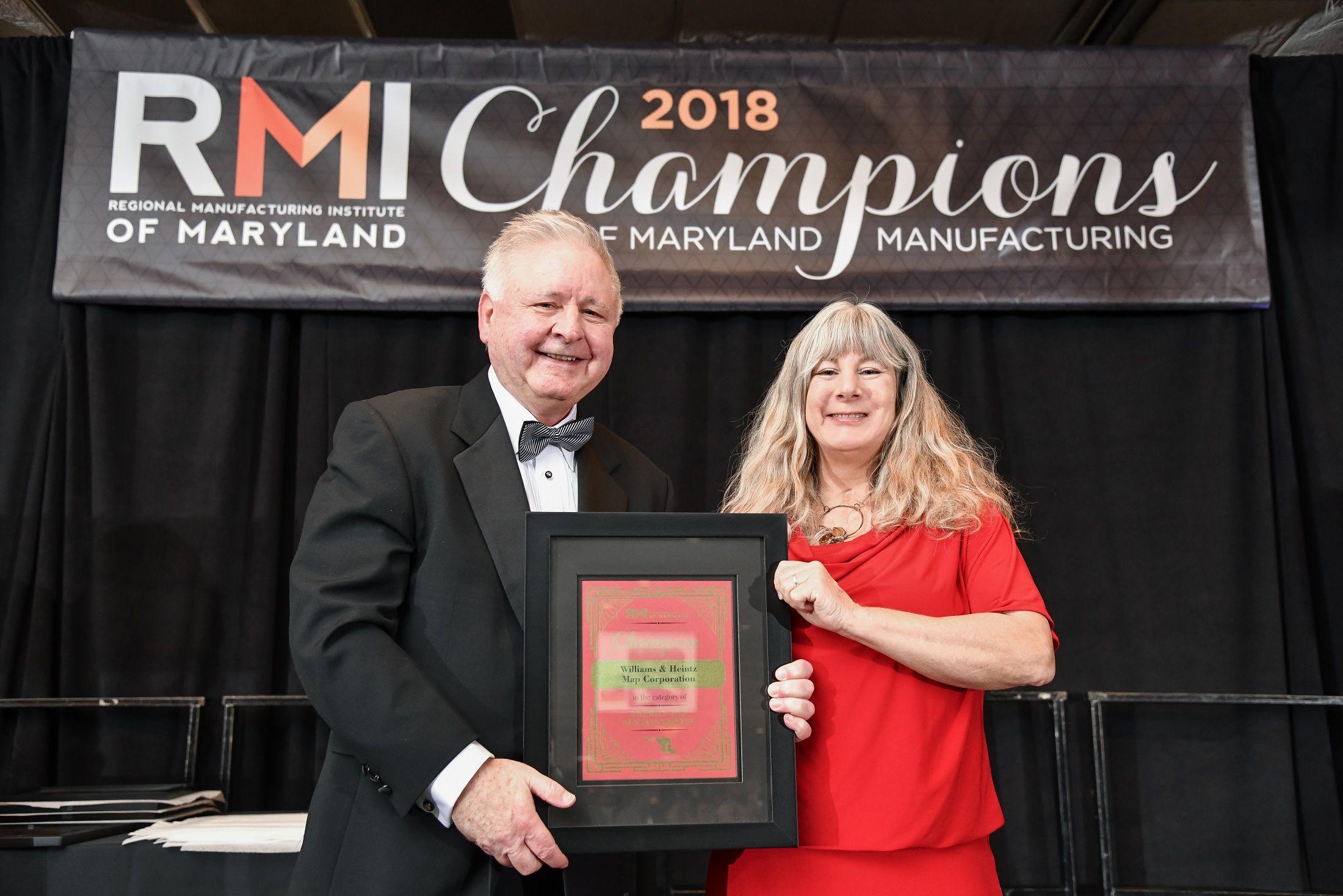 Holly Heintz Budd receives Energy and Sustainability Award