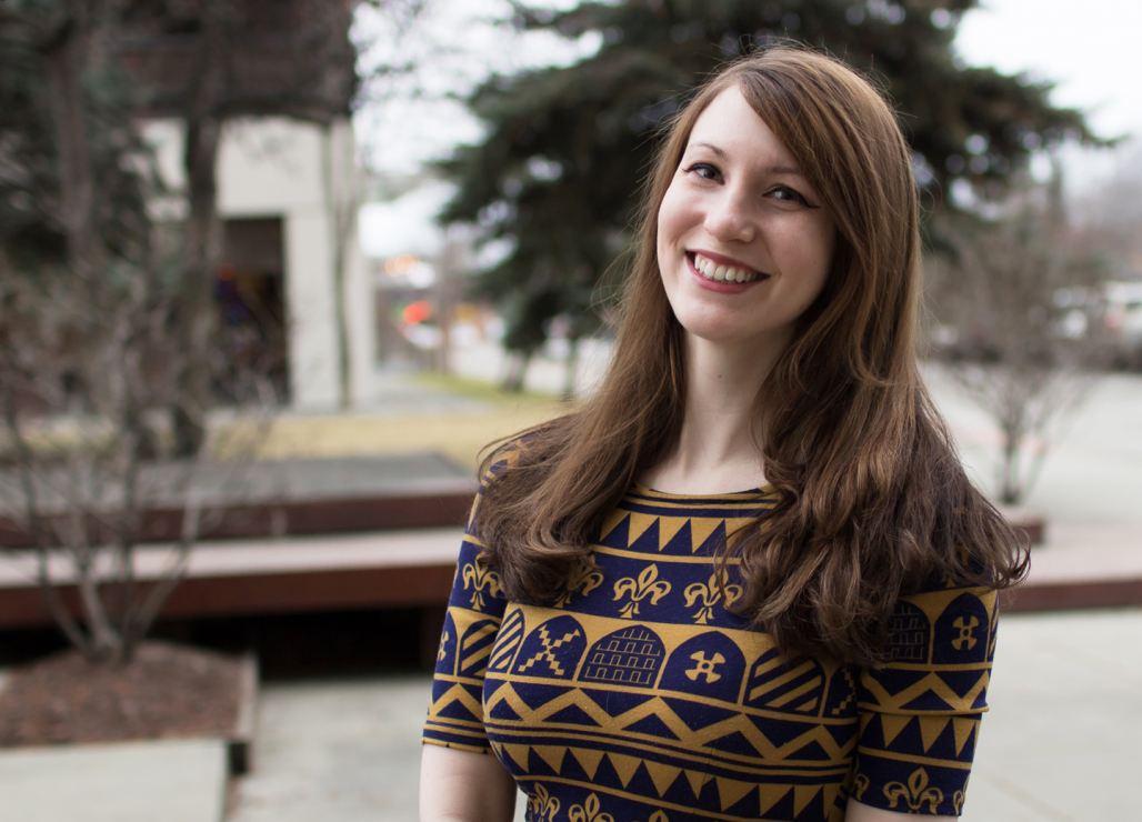 Sarah Testen, Social Media Manager