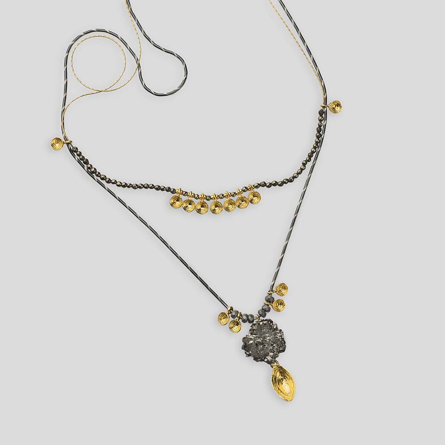 """Gold plated silver """"shell"""" necklace with druzy agate"""
