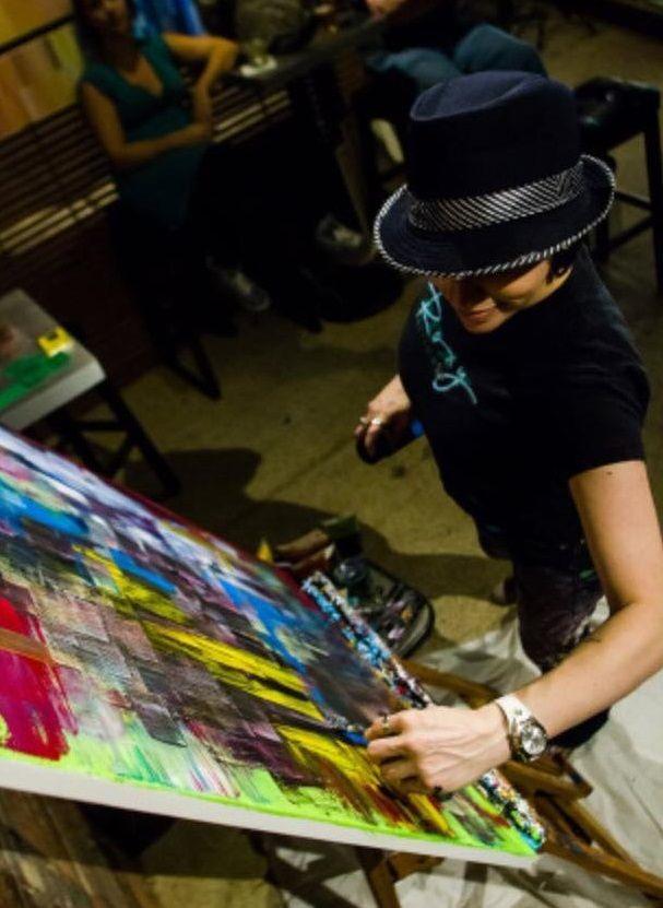 Artist Lara Lenhoff Painting Live