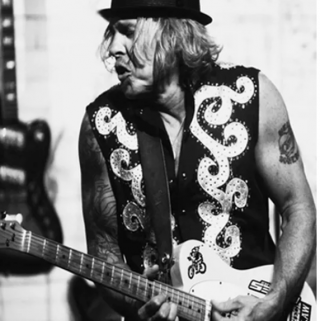 A five-time Grammy nominee, Jeffrey Steele is just one of the performers.