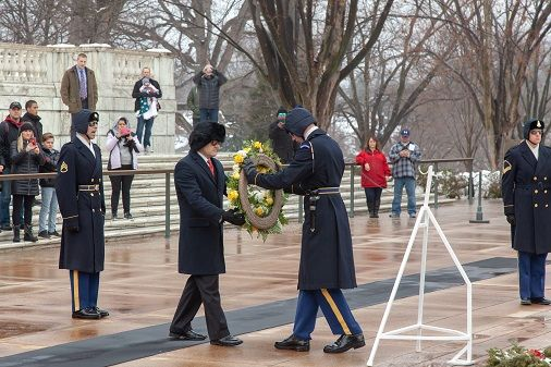 John Ross Palmer Lays Wreath at the Tomb of the Unknown Soldier
