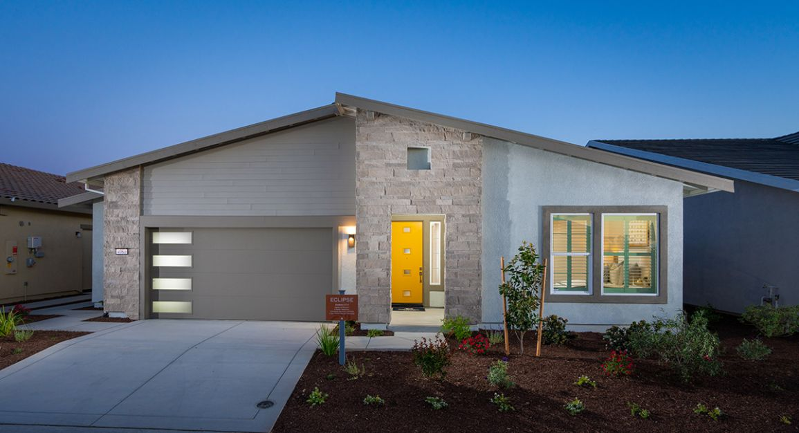 Fall in Love with Lennar at their Prequalification event across Sacramento.