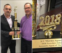 Bob Marmo accepts Travelers Award