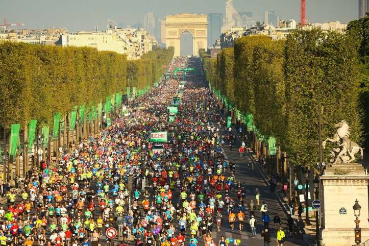 Paris marathon panorama