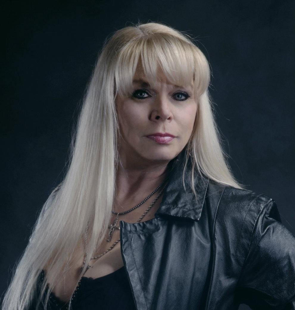 "Kadrolsha Ona ""Queen of the Paranormal"" (TM)"
