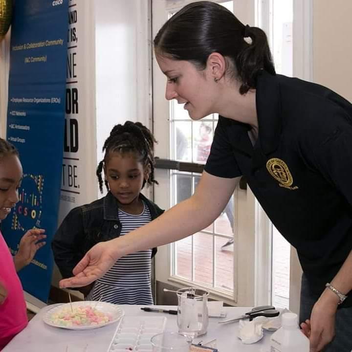 GBI Forensic Scientist at 2018 Career Fair