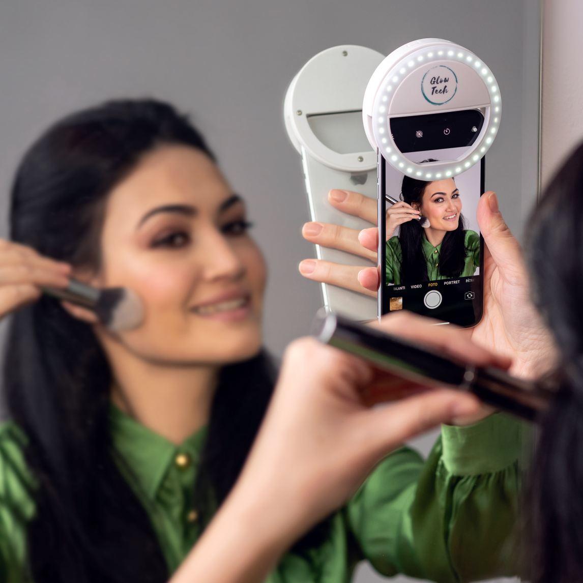GlowTech Selfie Light