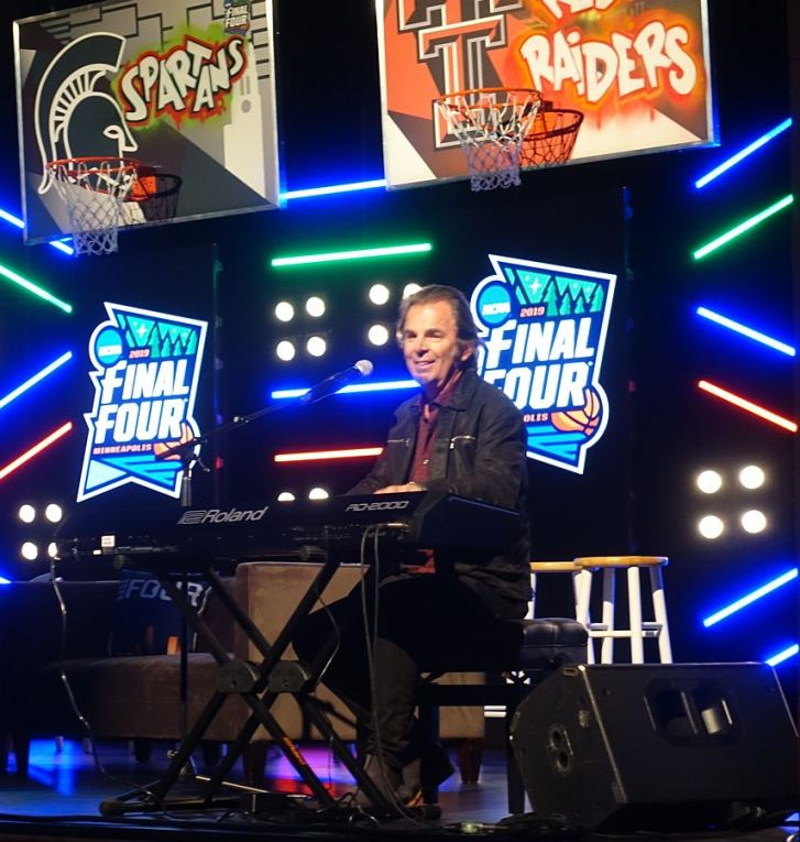 Jonathan Cain is featured at the NCAA Final Four tournament.