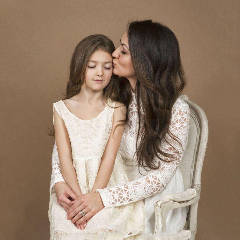 ArtCafe Photography - Motherhood Session Photo