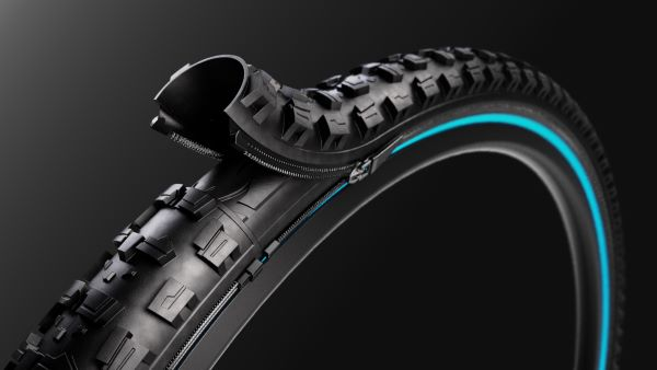 reTyre zip-on bicycle tire system