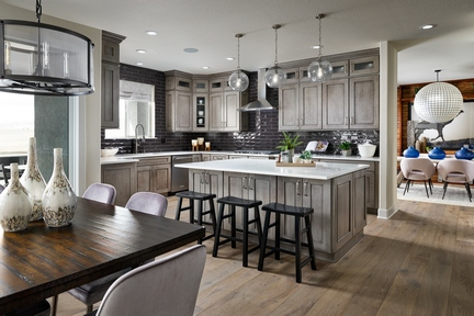 Toll Brothers Candelas_Valmont_Kitchen