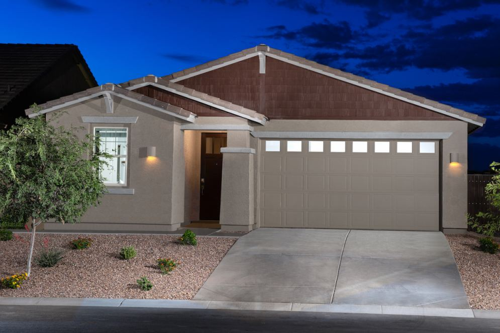 Tour new homes in Maricopa by Lennar showcasing smart designs and EI®  features