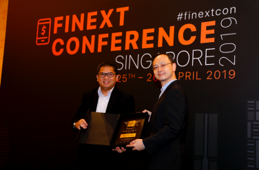 Yohanes Arts Abimanyu awarded 'Excellence in Finance -Leaders award at FiNext