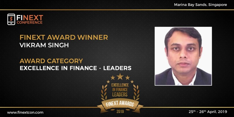 Vikram Singh awarded the 'Excellence in Finance - Leaders award at FiNext