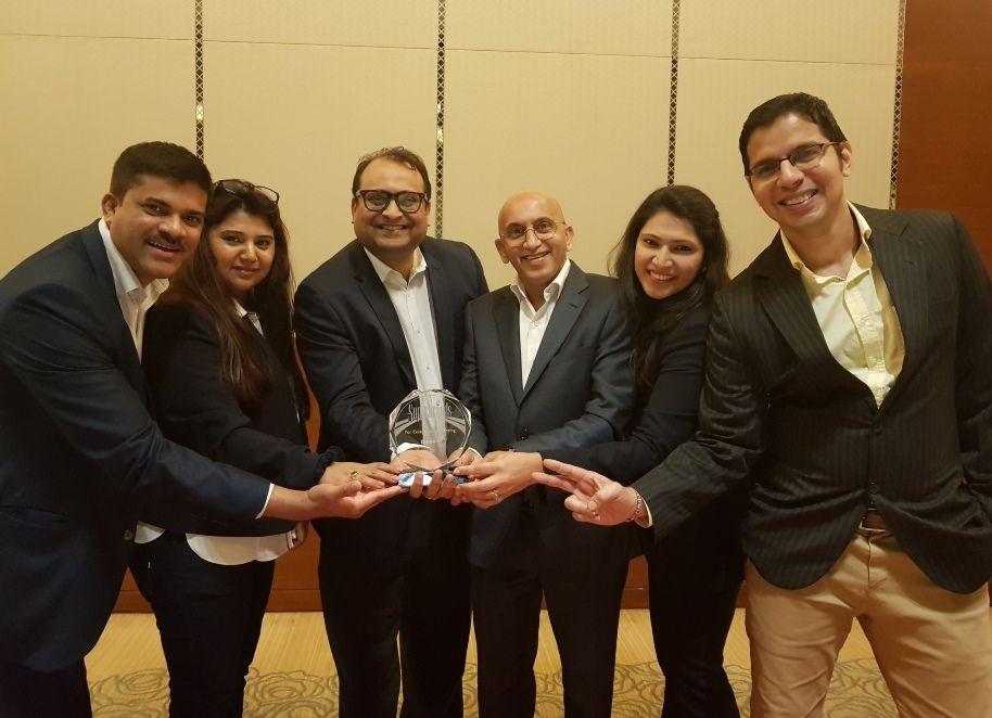 Blueair team celebrates UAE Superbrands award win