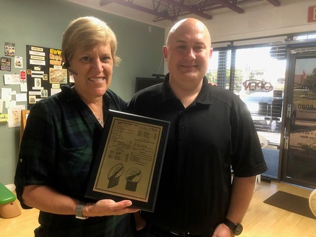 Pam Skinner Receives NitNabber Patent from Patent Attorney Ben Demming