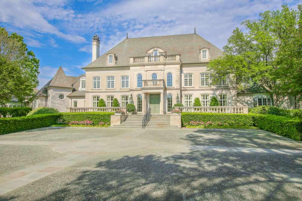 Pilgrim Estate | 800 South Greer Boulevard