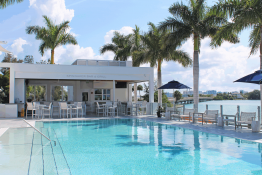 Sarasota Yacht Club Spinnaker Pool Bar & Kitchen