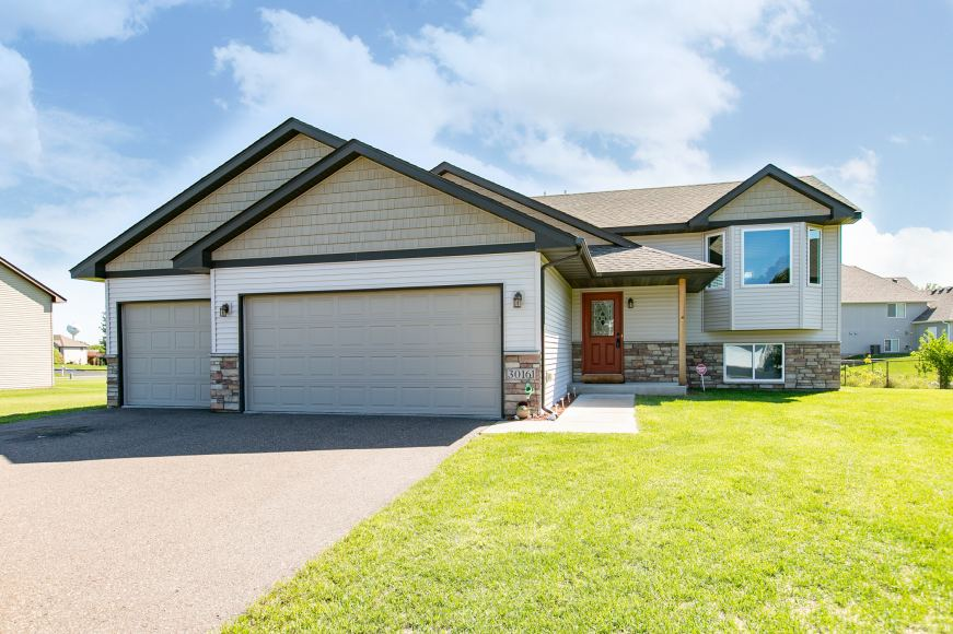 Home for sale in Stacy MN