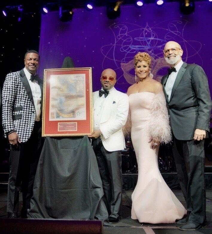 UNCF 2019 Mayor's Masked Ball Jermaine Dupri Accepts Award