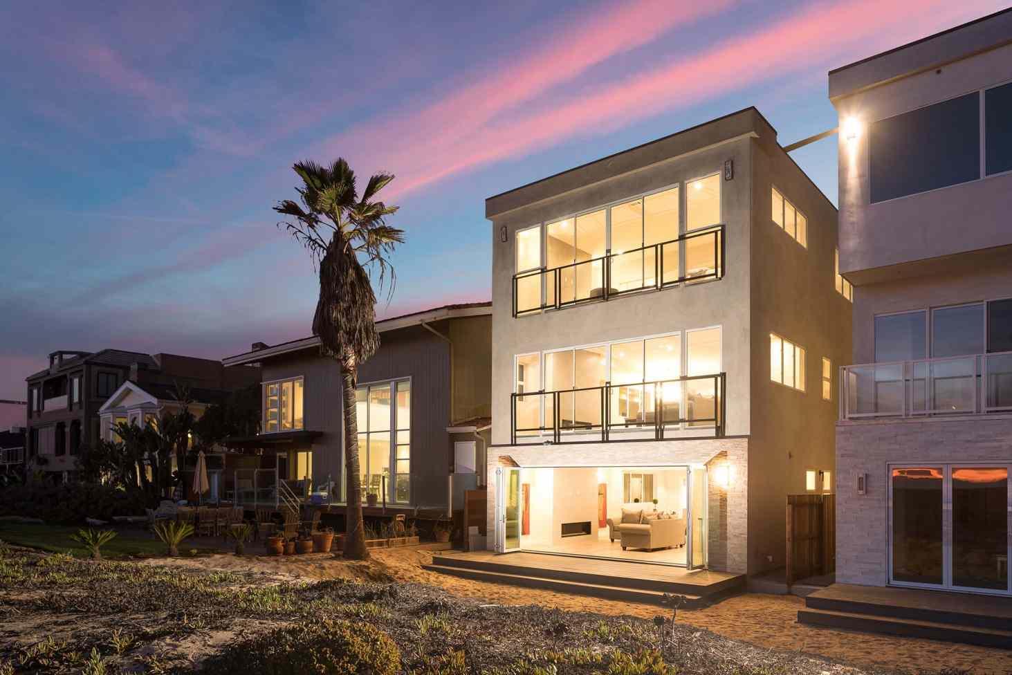 16467 South Pacific Avenue | Sunset Beach, CA