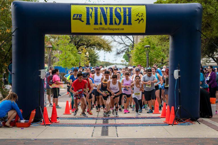 Viva Race - Runners at Starting Line
