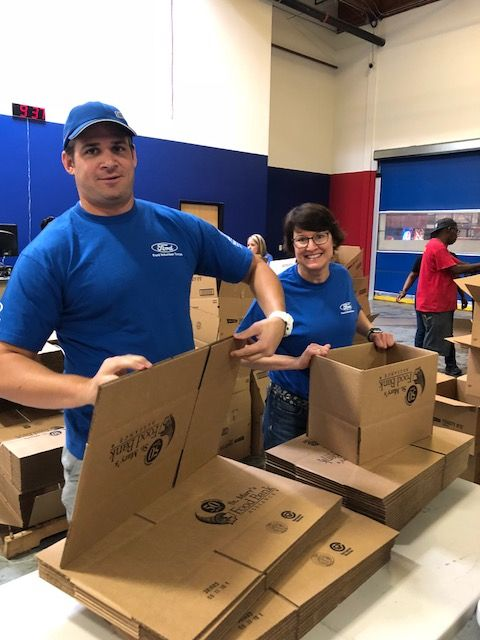 Ford Volunteers at St. Mary's Food Bank
