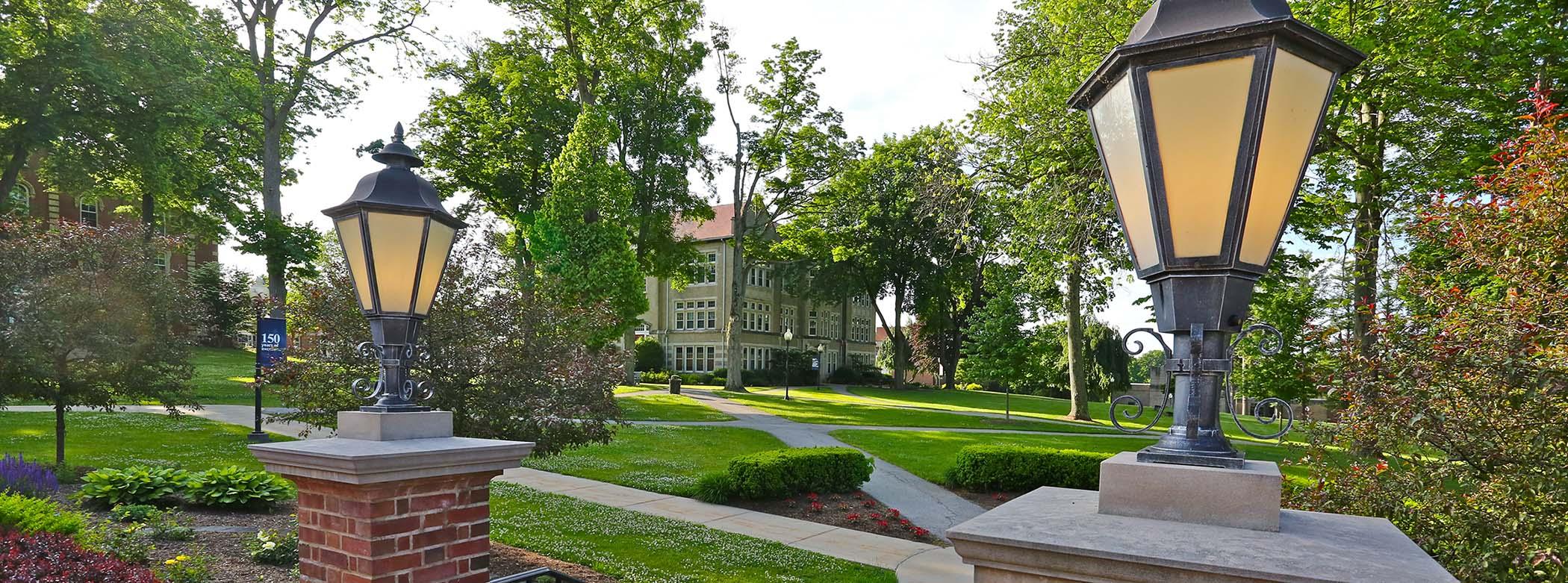 Thiel College waives test scores